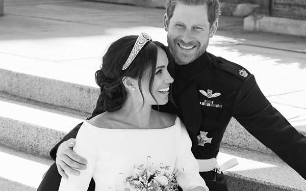 Momentul mult așteptat! Fotografiile oficiale de la nunta Prințului Harry cu Meghan Markle