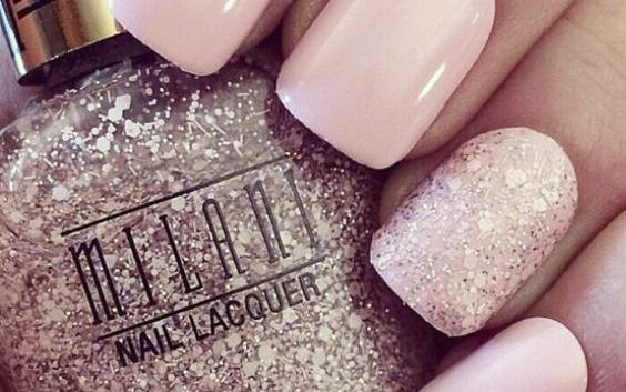 Modele de unghii cu gel roz! Ce se poartă în 2018