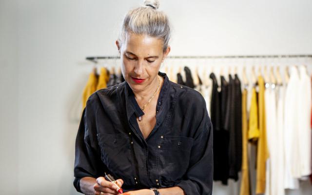 Isabel Marant și L'Oréal Paris lansează o colecție capsulă de makeup